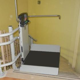 Montascale per disabili installato a Terni