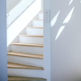 Garaventa Lift montascale su scala stretta