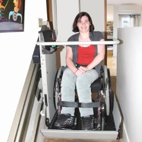 Pavia scuola accessibile ai disabili con montascale Garaventa Lift