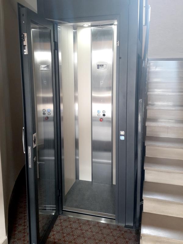 elevatore-varese-cabina