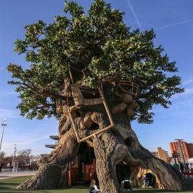 Casa sull'albero accessibile con Garaveta