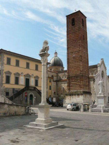 Montascale per disabili a Lucca