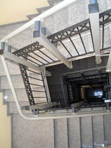 Montascale in Puglia per scala condominiale