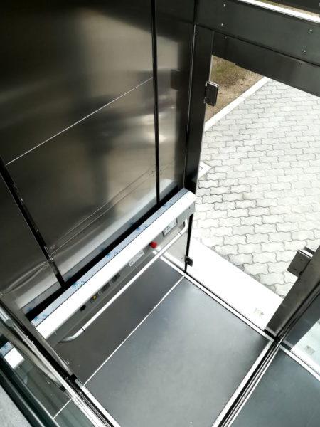 mini-ascensore-esterno