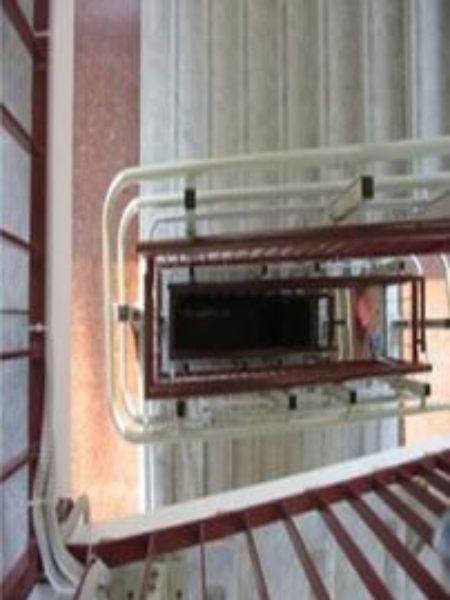 montascale in condominio per rendere accessibile un percrso lungo